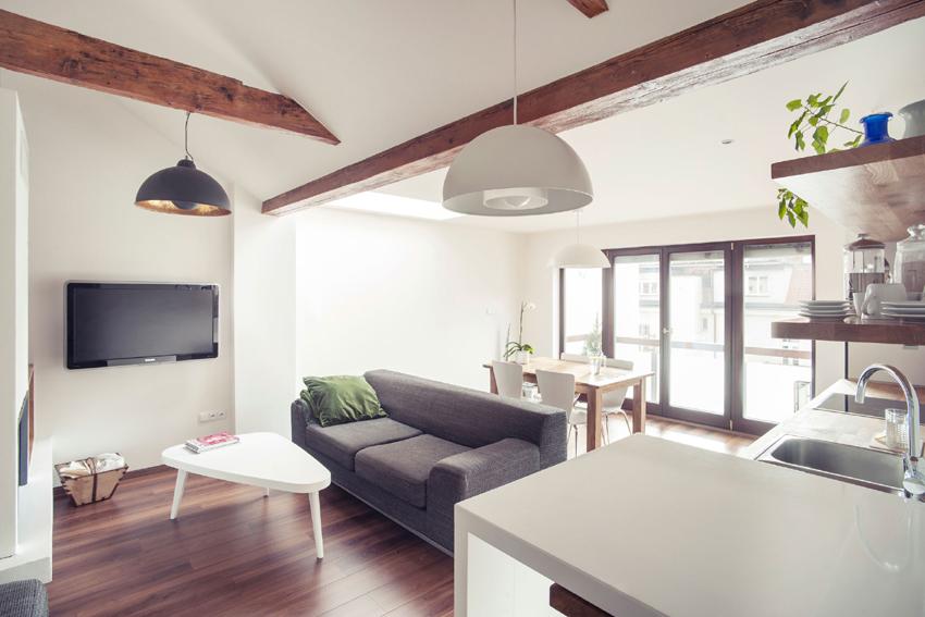 Decomyplace for V shaped living room