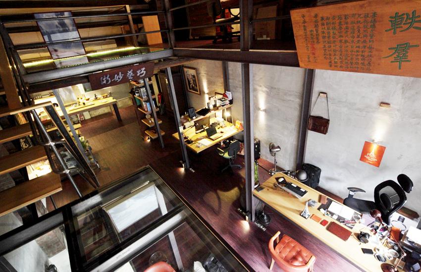 「專訪」大稻埕百年老屋 - 燈光設計師 江佶洋的工作室