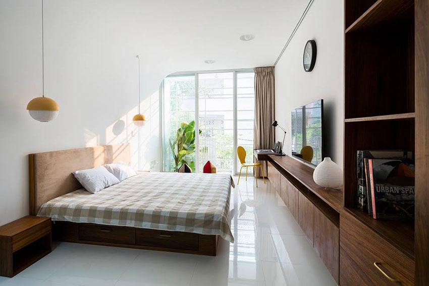 越南自然风纯白狭长公寓